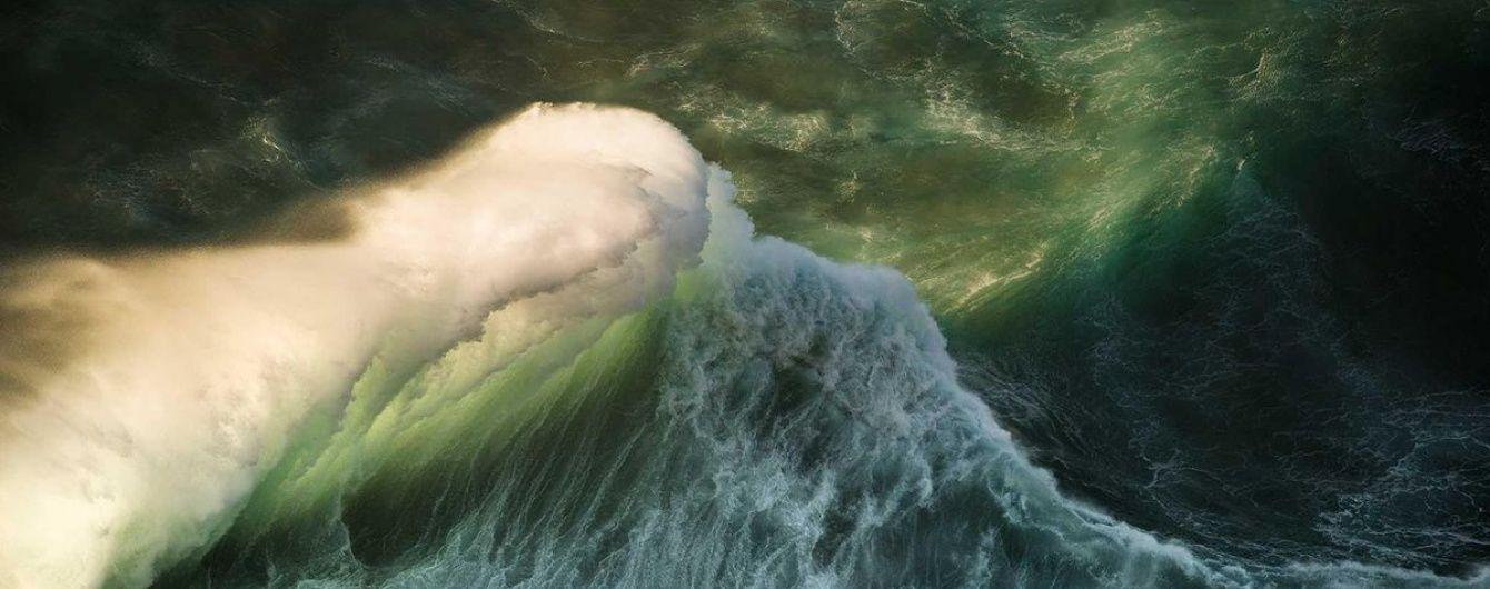 На восточное побережье американского штата Флорида надвигается мощный ураган