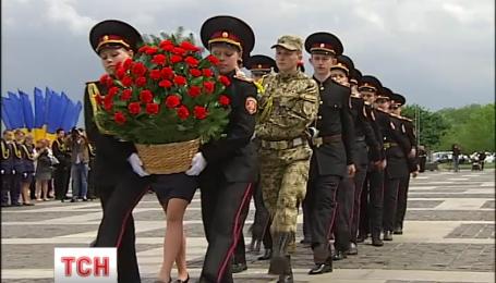 Как в День памяти и примирения Украина чтит погибших во Второй мировой войне
