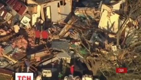 По меньшей мере, два человека погибли во время торнадо в штате Оклахома