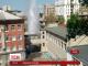 На подвір'ї харківської школи прорвало трубу, фонтан досяг 20 метрів