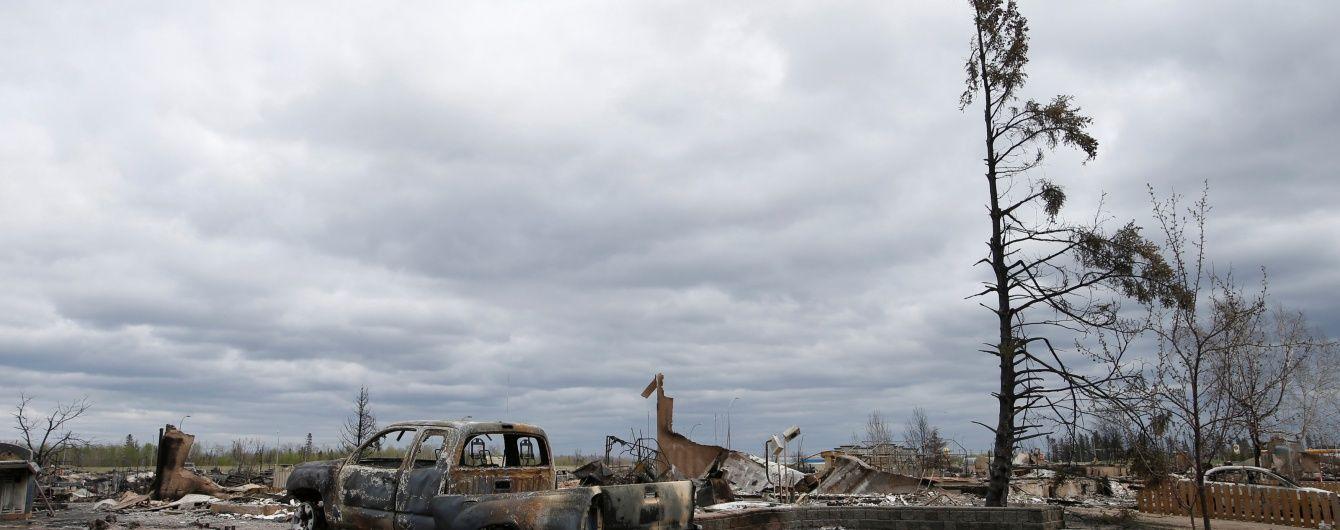 Атака огненной стихии: в Канаде в результате мощного лесного пожара пришлось эвакуировать сотни людей