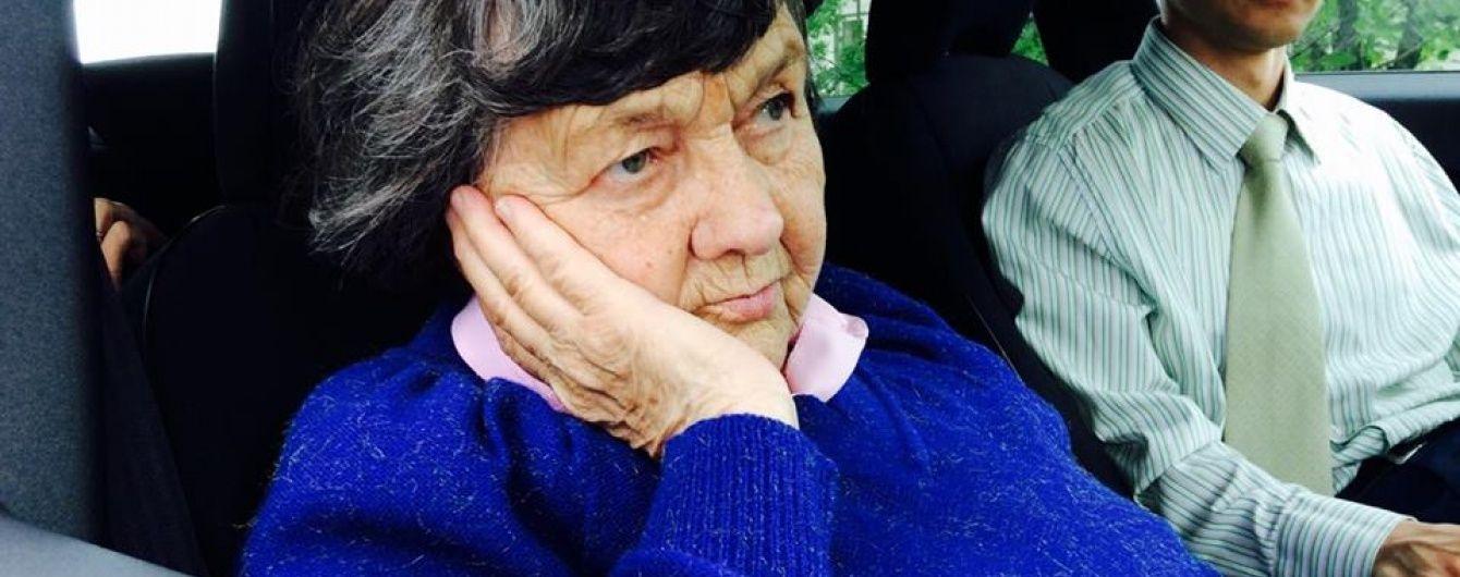 """Мама і сестра Надії Савченко своїм ходом вирушили в аеропорт """"Бориспіль"""""""