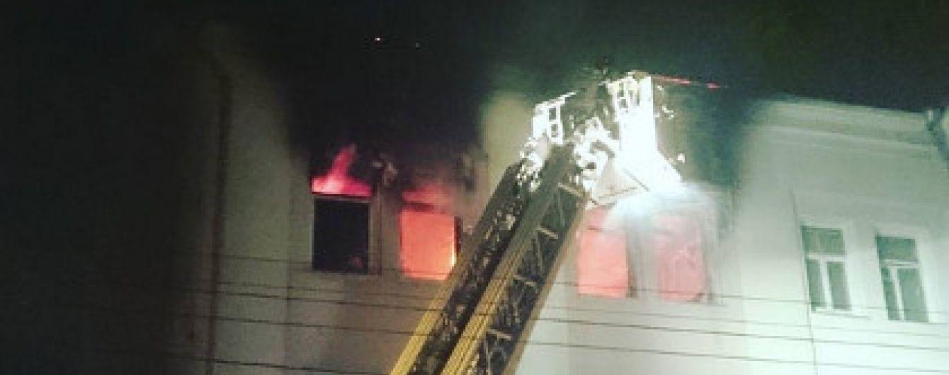 У Москві загорівся Центральний будинок кіно