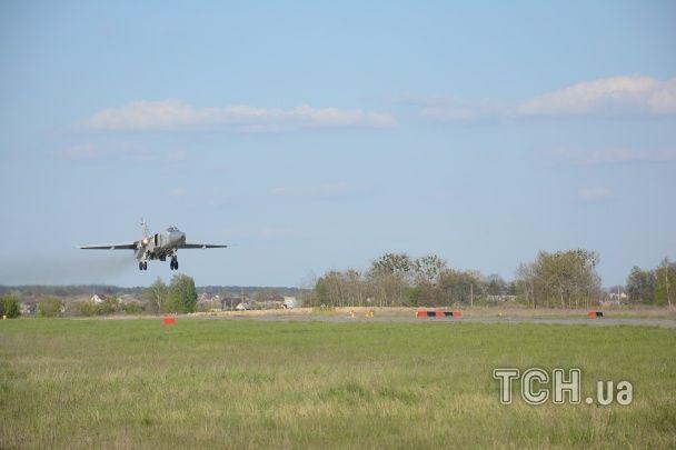 Українська бойова авіація провела видовищні навчання. Ексклюзив ТСН