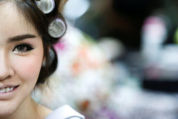 Найяскравіші фото дня: фінал конкурсу краси серед трансвеститів у Таїланді, Каннський фестиваль
