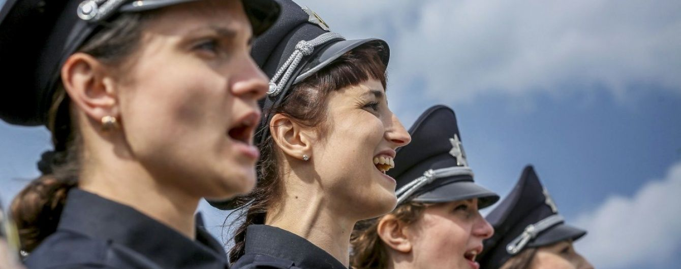 """Поліція затримала п'яного """"мінувальника"""" Банкової"""