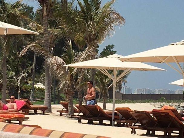 Екс-генпрокурора Ярему застукали на фешенебельному курорті в Дубаї