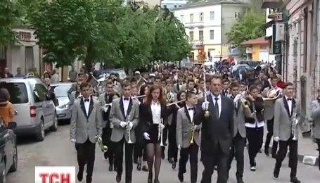 На Тернопільщині пройшов парад духових оркестрів