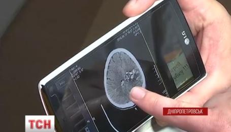 После тяжелой операции на головном мозге, 46-летний военный вышел из комы