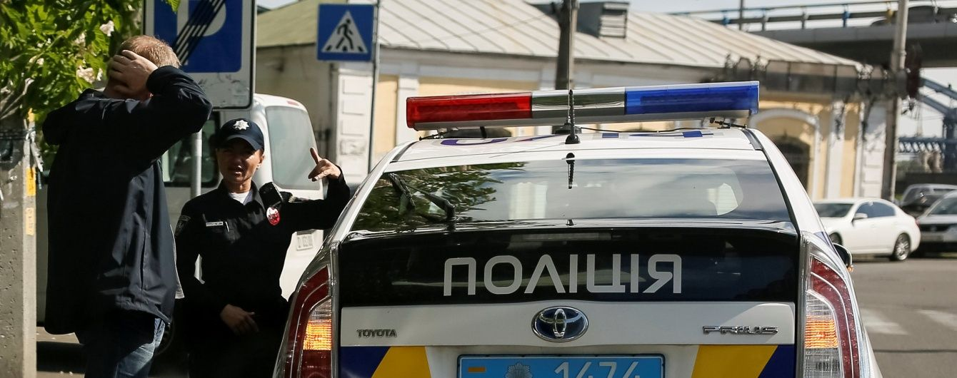 Патрульна поліція зганьбилася перед агресивними мажорами у Миколаєві