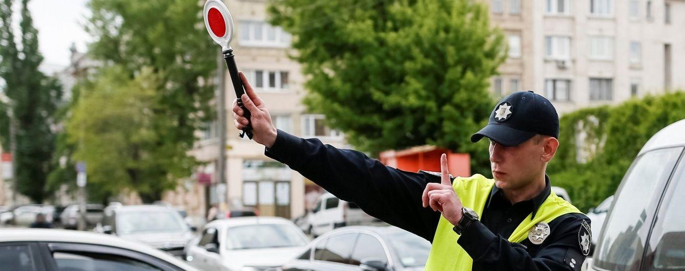 В Одесі п'яний суддя за кермом електромобіля намагався втекти від поліції