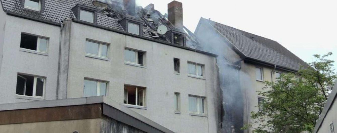 Під час пожежі у німецькій багатоповерхівці згоріла жінка і двоє дітей
