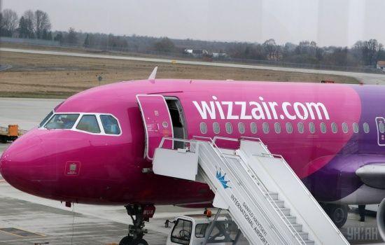 Wizz Air без попереджень скасував десятки напрямків із Польщі