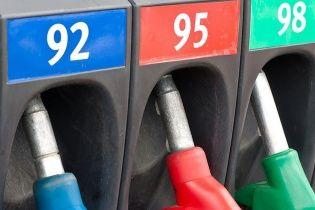 Украинские водители протестуют против повышения цен на топливо