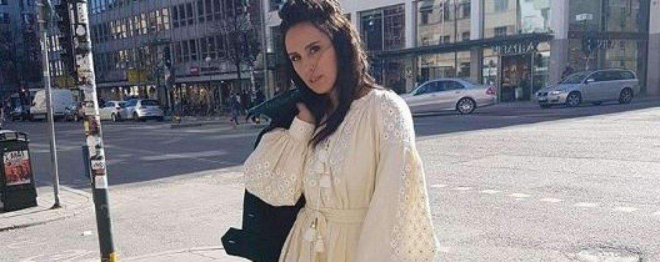 День вишиванки: Джамала, Полякова, Осадча та інші в традиційних українських вбраннях