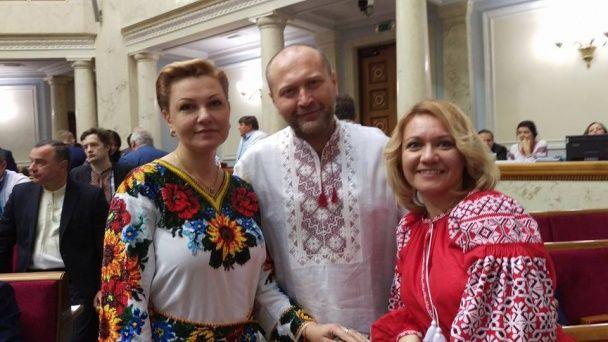 День вишиванок у Верховній Раді: як політики та нардепи підтримали українську традицію