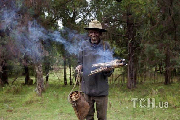 Корінні народи Кенії вийшли на яскраву акцію протесту проти виселення з рідного лісу