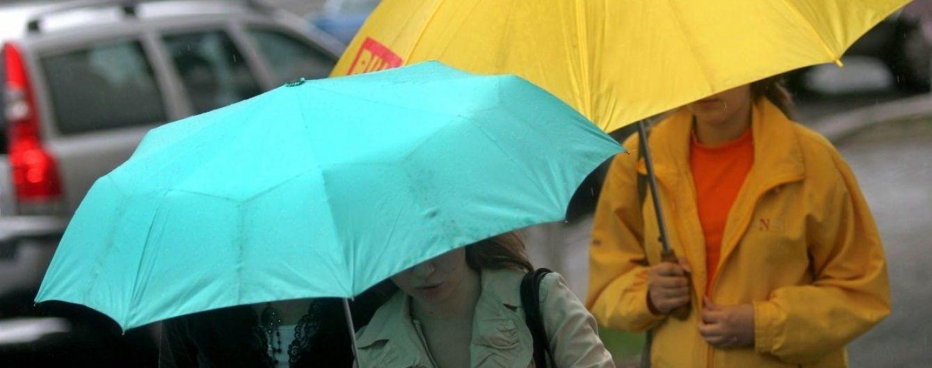 В Україні синоптики очікуються грозові дощі