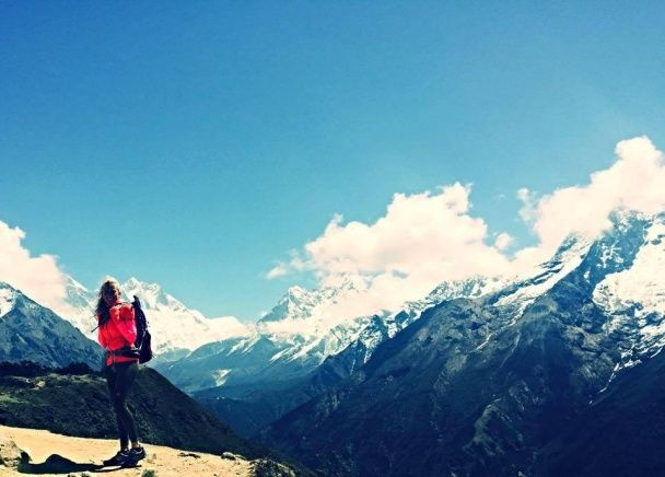 За всю історію України вперше дівчина підкорила Еверест