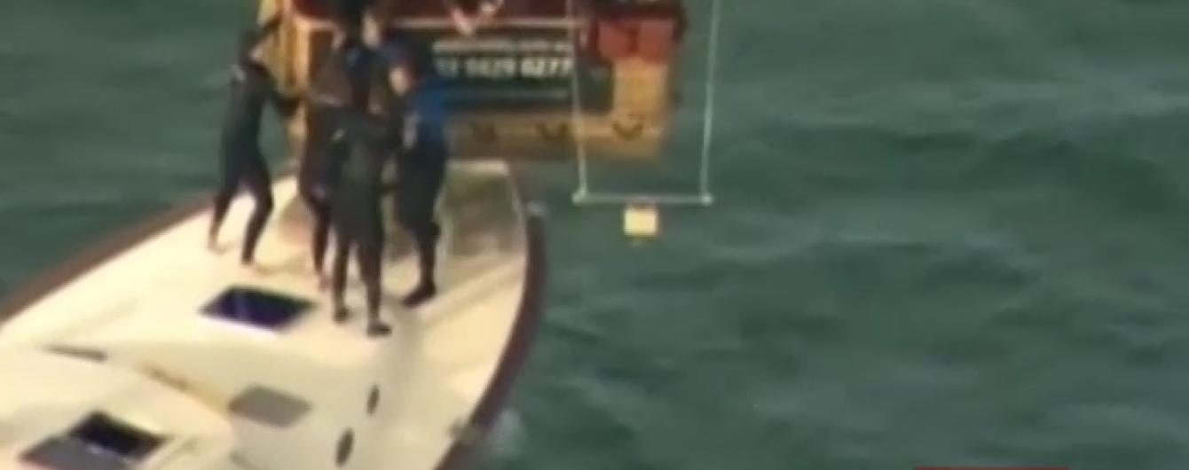 Рятувальники в Австралії перехопили некеровану повітряну кулю з людьми
