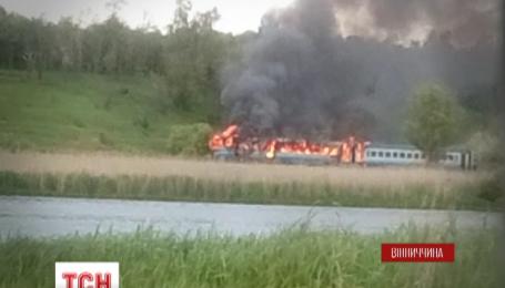 В Винницкой области на ходу загорелся пассажирский поезд
