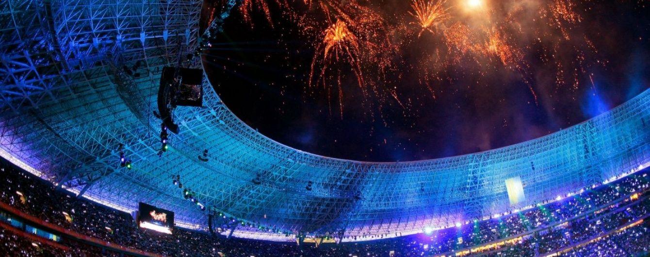 Порошенко переконаний, що незабаром український гімн знову звучатиме на стадіоні в Донецьку