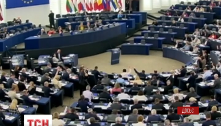 Почему ЕС хочет отложить введение безвизового режима для Украины