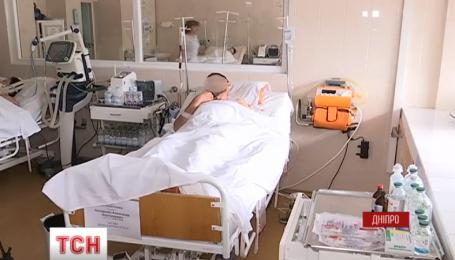 Четырех тяжелораненых военных прооперировали в больнице имени Мечникова