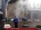 У Києві велетенський стовп теплої води прорвав асфальт