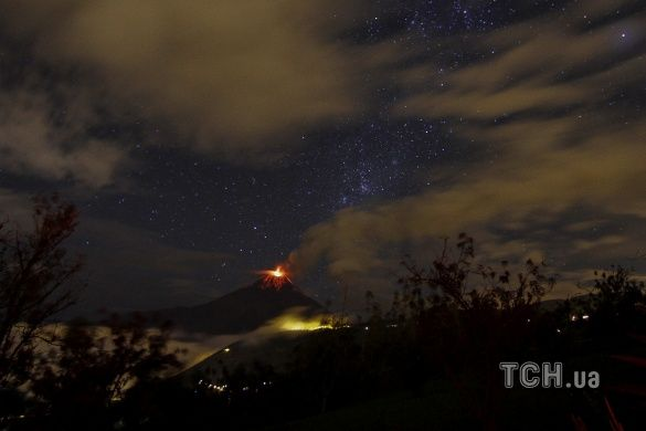 вулкан Тунґурауа