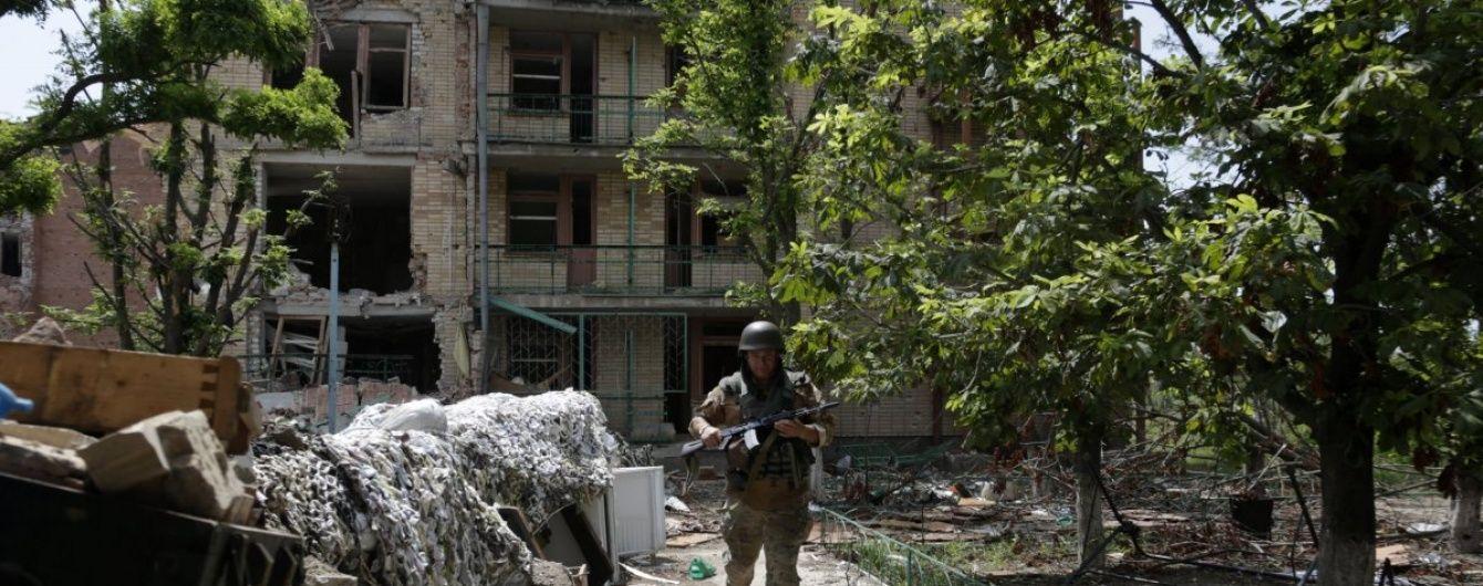 """У штабі АТО спростували обстріл околиць Маріуполя з """"Градів"""" та загибель військових"""