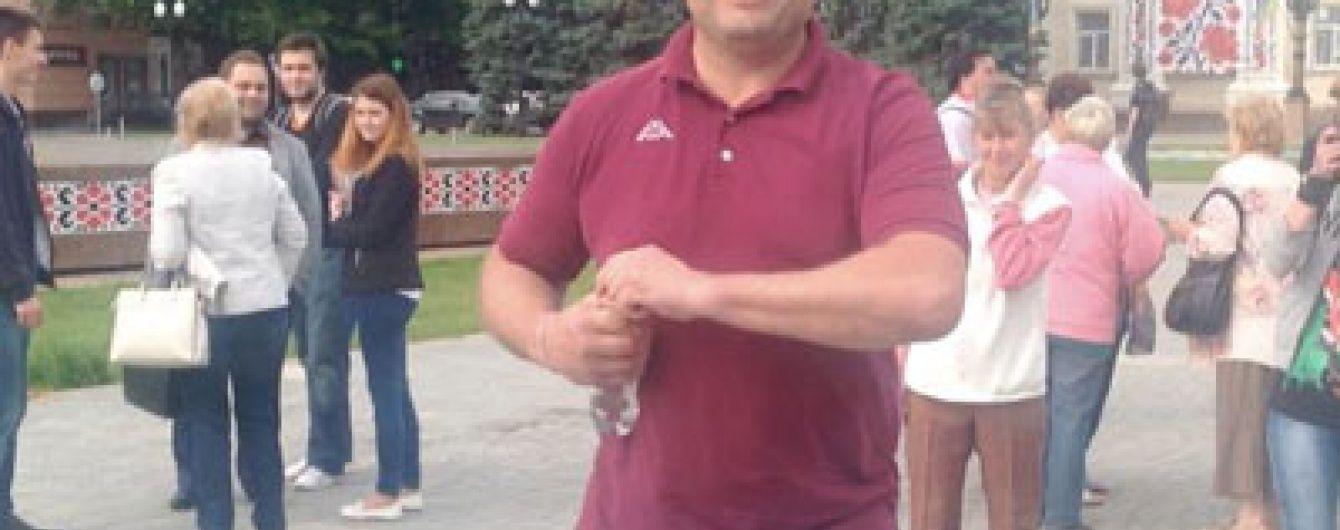 У Херсоні екс-банкір розбив голову місцевому журналісту планшетом