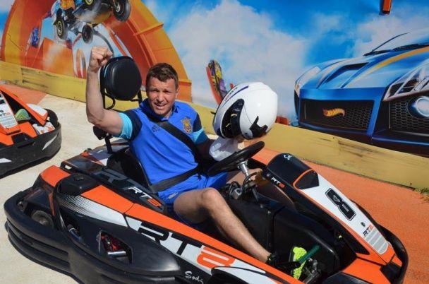 Швидкісний Ротань: гравці збірної України взяли участь у змаганнях із картингу