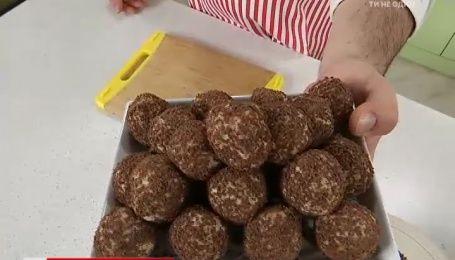 Рецепт сирних цукерок від Руслана Сенічкіна