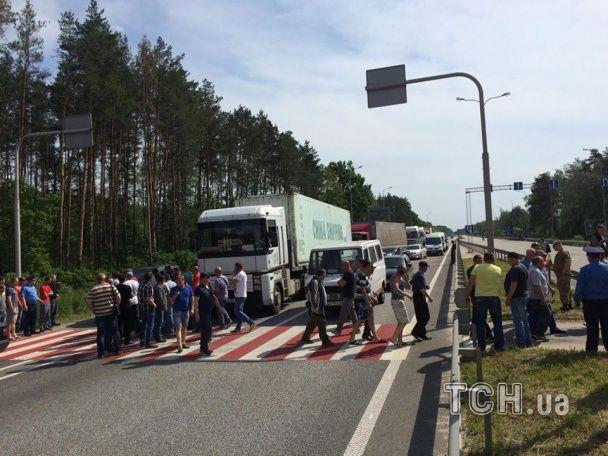 На Житомирщині підприємці перекрили трасу Київ-Чоп