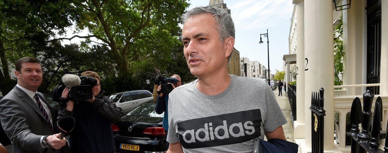 """Віце-президент """"Манчестер Юнайтед"""" назвав Моурінью найкращим тренером у світі"""