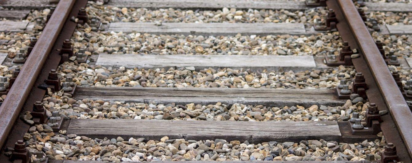 На Львовщине поезд насмерть переехал мужчину