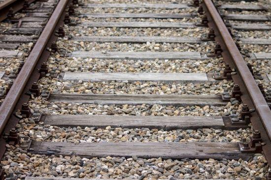 """Смерть на залізниці: біля Дніпра жінка потрапила під """"товарняк"""""""