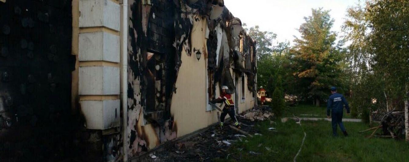 Поліція затримала головного підозрюваного в масштабній пожежі під Києвом