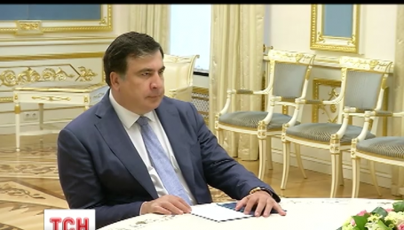 Президент Порошенко приказал главе Одесской области Михеилу Саакашвили лично контролировать ремонт трассы Одесса-Рени