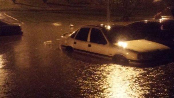 У Львові затопило спальний район