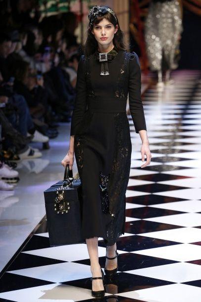 Детские рисунки и котики: коллекция Dolce & Gabbana сезона осень-зима 2016-2017