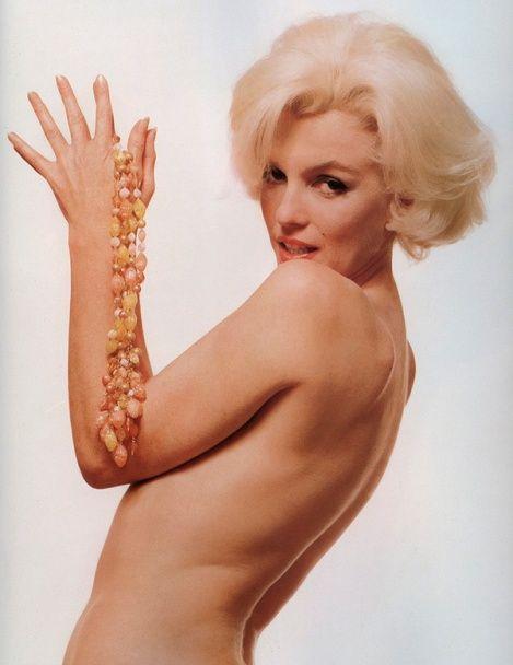 День народження легендарної Мерилін Монро: ефектні фото відомої білявки