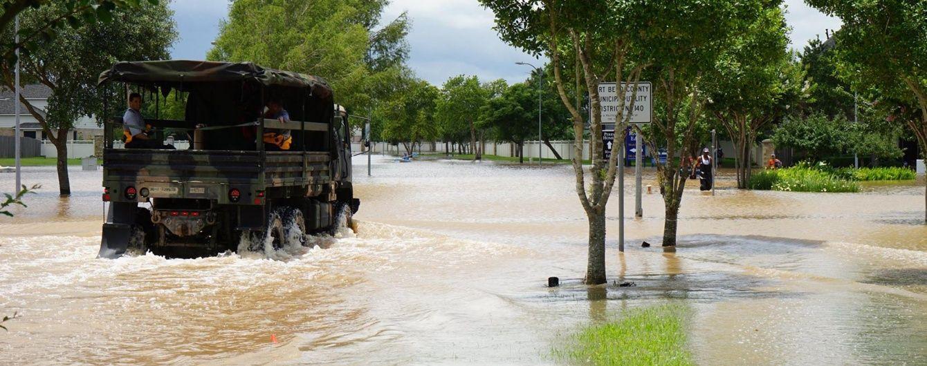 У США військова вантажівка впала у річку: 3 загиблих, 6 зниклих безвісти