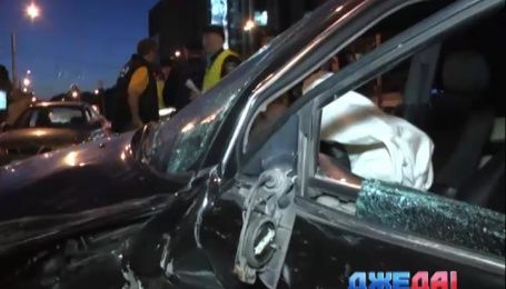 Лобовая авария произошла на столичной улице Кирилловской