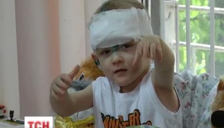 Одесситы выстраиваются в очередь на усыновление маленького мальчика-найденыша