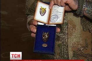 Військові самі виготовили медалі для кращих фронтовиків і волонтерів
