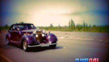 Mercedes кабриолет 1939 года выпуска курсирует по улицам Николаева