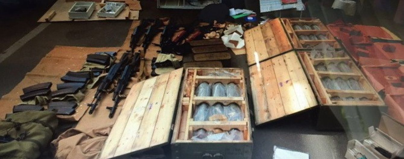 У Франції вважають затриманих на кордоні терористів простими контрабандистами