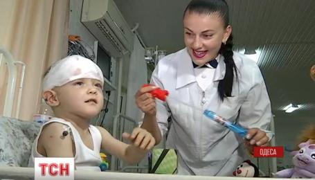 Пытаются выяснить возраст мальчика, которого неделю назад нашли в Одессе на улице